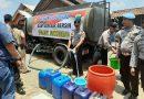 Kesulitan Air Bersih, Warga Dusun Gepor Dapat Bantuan Air Bersih dari Polsek Sukorejo