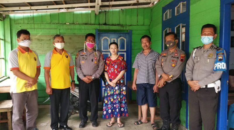 Sambut Hari Bhayangkara ke 74, Polsek Plantungan Anjangsana Ke Purnawirawan Polri yang Istrinya Sakit Menahun