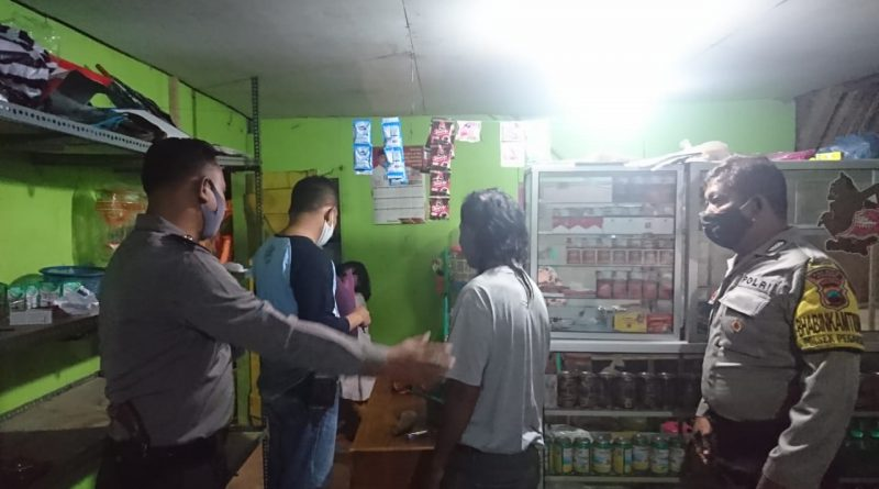 Sisir Warung Di Desa Puguh Polsek Pegandon Sita 27 Botol Miras