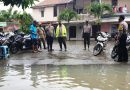Kapolres Kendal Tinjau Lokasi Banjir di Desa Putatgedhe