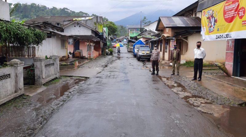 Polsek Plantungan Laksanakan Giat Pengamanan Kunjungan Bupati Kendal